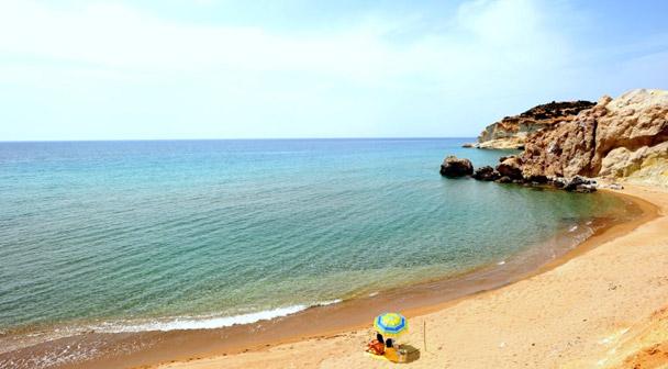 Παραλίες στη Μήλο - Psaravolada Milos Resorts
